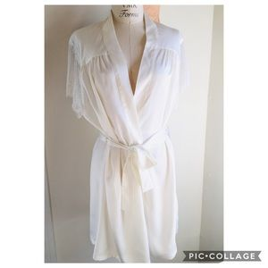 🌟Rya Collection Chantilly Robe size M🌟